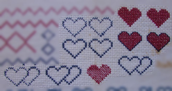 Corações em ponto cruz